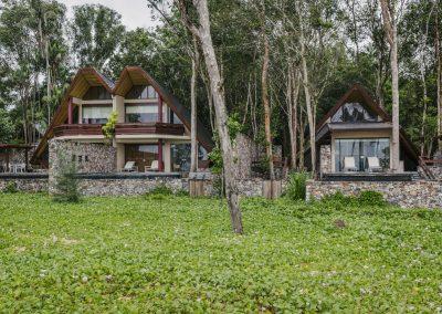 Double villas and single villa